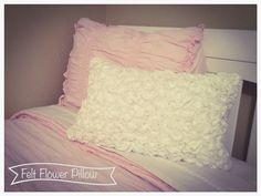 Felt Flower Pillow DIY