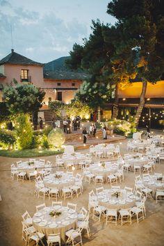 El catering de la boda de Laura y Juan fue obra de Sibaris. Foto, Padilla&Rigau.