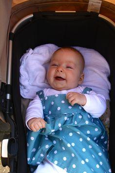 Baby jurkje blauw met stippen, zelf genaaid! bij Naaistudio 6 Baby Car Seats, Children, Home Decor, Young Children, Boys, Decoration Home, Room Decor, Kids, Home Interior Design