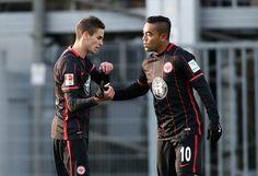 MARCO FABIÁN HACE DOBLETE EN PARTIDO AMISTOSO Se estrena como goleador en un partido entre el Eintracht Frankfurt y Braunschweig. El ex jugador de Chivas disputó su tercer partido con su nuevo equipo.