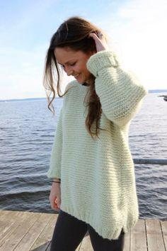 Genser i farge 9015 Lys lime #skappel #sandnesgarn #strikk #knit