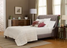 Tempur-pedic and that headboard = DREAMY! SOMEDAY SOON!!!   Inviting, isn't it?