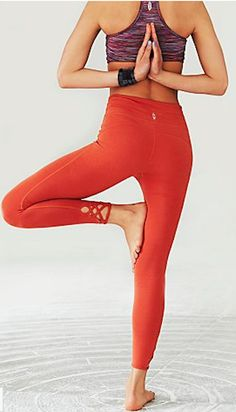 cute orange yoga pants http://rstyle.me/n/qetehr9te