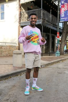 need the sweater and shoes