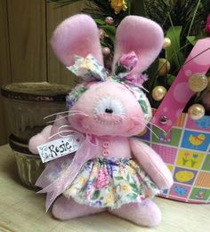 Primitive HC Raggedy Easter Bunny Rabbit Doll Spring Flowers Super Cute! Sitter #IsntThatCute #Easter