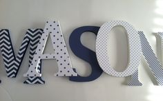 I love navy and white together!