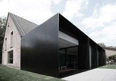House DS by Graux