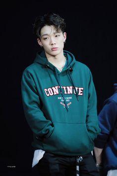 Bobby you are rocking rapper K Pop, Ikon Member, Jay Song, Ikon Kpop, Ikon Debut, Ikon Wallpaper, Bobby S, Kim Ji Won, Kim Hanbin