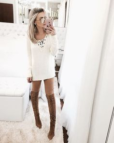 Clean ✌️ Tricot & calça de suede @amopetitrose + Bota @luizabarcelos para @jiboutique | #outfit #winterstyle #white #clean #biancapetry