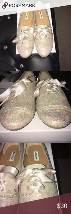 Gorgeous sparkle oxbow shoes These are so pretty I bought them for Work but my feet have apparently shrunk a half size and they just don't fit right. Never worn outside and are just so adorable Not Rated Shoes Flats & Loafers