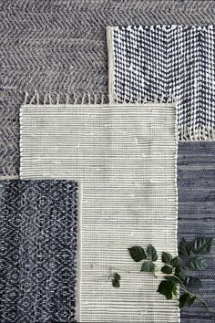 Home decor trends 2017 ∙ Layering rugs! Layering rugs has been one the most popular home decor trends in Here's some visual inspiration to help you transform your room Nordic Design, Nordic Style, Scandinavian Design, New Nordic, Nordic Living, Home Decor Trends 2018, Turbulence Deco, Deco Nature, Broste Copenhagen