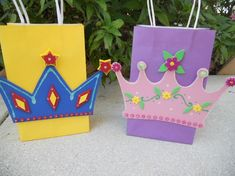 It would be cute for the kids to make these as a craft at the party and fill them with goodies before they leave.