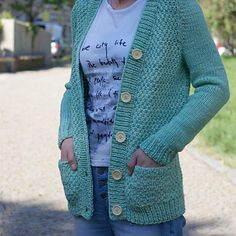 Ravelry Project Paloma by Thea Colman. Bulky cardigan, wooden buttons, pockets, set-in sleeves. Malabrigo Rios held double in Water Green.