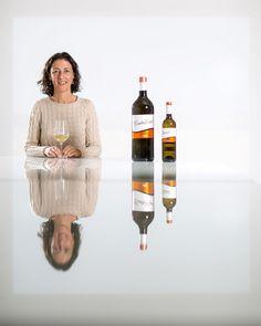 Con buen vino #wine #winery #portrait #photoshoot #phottix #odin #indra #mitros #spartan #flashphotography trabajo para @bapconde para el catálogo de @gadis.supermercados