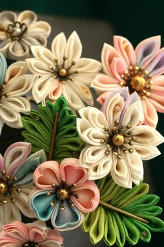 This is a Japanese traditional crafts that use the silk, is a hair ornament was designed flowers. ●silkartHIMEKO