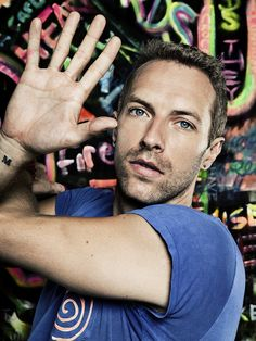 Chris Martin. The gorgeous face of Coldplay. Id like a tall glass of that!