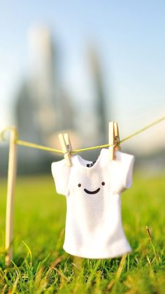 Cute T shirt Clothes iPhone 8 Wallpapers