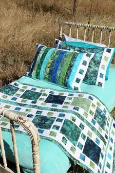 Mosaique de Mer - Bed Runner - got this pattern in Sidney.  Yay!