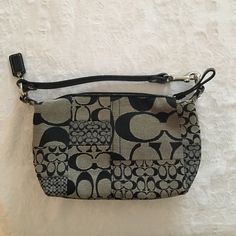 Coach handbag Never used Coach bag in PERFECT condition! Removable strap to  act as a 8d92f8aa3836a