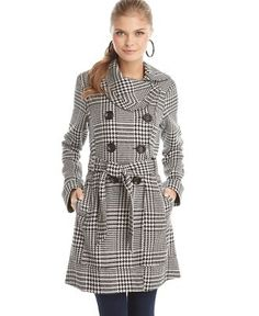 Needing a new coat. Like the collar on this one.