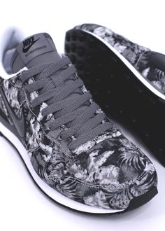 NIKE FOOTWEAR INTERNATIONALIST GPX via Triads Buy it @ Nike UK | Triads