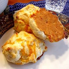 Made these super-easy drop biscuits for dinner tonight. They were perfect for our biscuits and gravy meal. The texture was just like Red Lobster's cheddar biscuits. I will definitely be trying them with cheddar cheese and garlic butter. Easy Drop Biscuits, Homemade Biscuits, Sour Cream, Great Recipes, Favorite Recipes, Yummy Recipes, Cheddar Biscuits, Cheese Biscuits, Cheddar Cheese