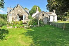 Characterful listed 16th century Devon Longhouse