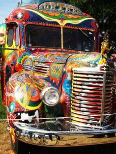 The perfect ride for chasing dreams, moonbeams and kissing the sky. Cool Car Paint Jobs, Oregon Country Fair, Grateful Dead Image, Converted School Bus, Camper Boat, Jeepney, Age Of Aquarius, Truck Art, Flying Monkey