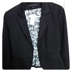 🎉🎉Just Reduced! Black blazer from Express🎉🎉 Sexy stylish black blazer from Express size 8. New with tags. Never worn. Love the detail on the inside of this blazer! White and black lace detail inside. Express Jackets & Coats Blazers