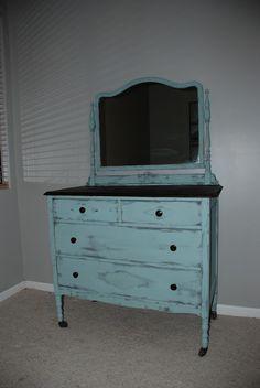 antique dresser makeover - so pretty!