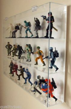 Collectors-Showcase-Premium-Display-Case-for-3-3-4-GI-Joe-Action-Figures