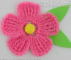 Crochet Large and Small Flower - Flat 5 Petal for a Hat Scarf Shawl or Purse
