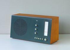 Braun RT 20 tube radio by Dieter Rams / 1961