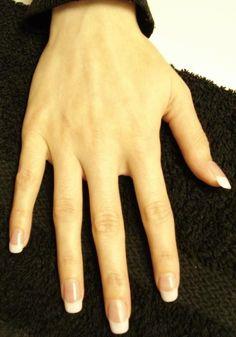 Esculpo uñas de acrílico (porcelana)