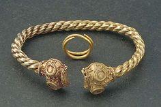 Viking age / Gold animal head bracelet /Gotland