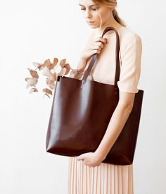 SPRING SALE Large Chestnut Brown Leather Tote bag No. by CORIUMI