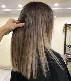 6 Great Balayage Short Hair Looks – Stylish Hairstyles Balayage Ombré, Brown Hair Balayage, Brown Blonde Hair, Blonde Ombre, Hair Highlights, Dark Hair, Warm Blonde, Beige Blonde, Platinum Blonde