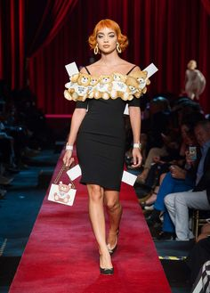 Moschino Spring/Summer 2017 Fashion Show  - See more on www.moschino.com!