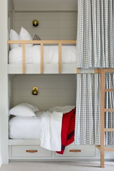 Contemporary bunk beds by Walton Architecture + Engineering & ABD Studio Source by miajordandesi Full Size Bunk Beds, Bunk Beds Built In, Bunk Beds With Stairs, Cool Bunk Beds, Kids Bunk Beds, Full Beds, King Size Bunk Bed, Bunk Bed Wall, Bunk Bed Curtains