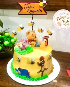 Winnie The Pooh Cake, Josi, Cake Designs, Cake Toppers, Birthday Cake, Rainbow, Cakes, Desserts, Winnie The Pooh