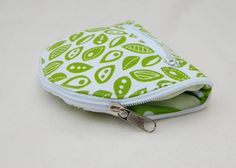Wallet to tote tutorial. What a great idea to have a wallet that folds out into a bag. I want one for my purse & car!