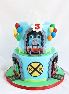 Thomas The Train Cake...So cute Mateo would absolutely love this!!