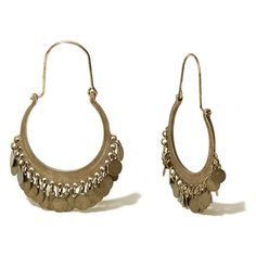 Hollister Coin Dangle Earrings (265 INR) ❤ liked on Polyvore featuring jewelry, earrings, brass, coin jewelry, coin earrings, brass earrings, dangle earrings and long earrings