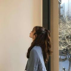 Frizzy, unmanageable hair that lacks shine is not uncommon among . that will help boost your hair's health, making it long, silky, and soft. Bad Hair, Hair Day, Hair Inspo, Hair Inspiration, Aesthetic Hair, Ulzzang Girl, Pretty Hairstyles, Hair Goals, Your Hair