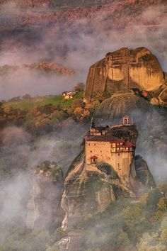 The Metéora is one of the largest and most important complexes of Eastern Orthodox monasteries in Greece, second only to Mount Athos. The six monasteries are built on natural sandstone rock pillars, at the northwestern edge of the Plain of Thessaly near the Pineios river and Pindus Mountains, in central Greece. The nearest town is Kalambaka.