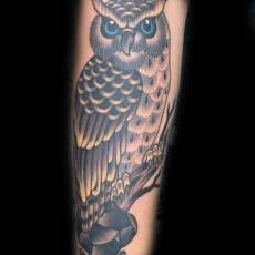 Owl Tattoo by Jack Goks.  Jack works at Cloak and Dagger London 4 days a week.  If you would like to get tattooed by him give the shop a call on 0207 175 0133 or email us info@cloakanddaggerlondon.co.uk #tattoo #tattoos #owl #owltattoo #london #londontattoo #shoreditchtattoo #eastlondon #shoreditch #bricklane #cheshirestreet #cloakanddaggerlondon