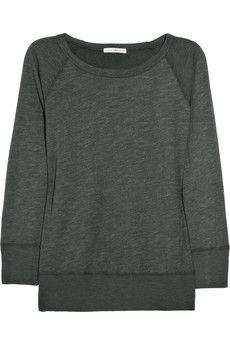 I love plain sweaters.