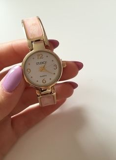 Kup mój przedmiot na #vintedpl http://www.vinted.pl/akcesoria/bizuteria/10288348-nowy-zegarek-kwiatuszki-bez-zapiecia