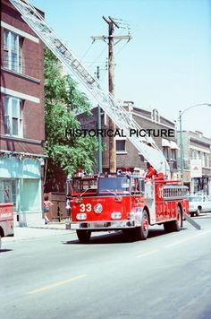 CFD CHICAGO FIRE DEPARTMENT VINTAGE PHOTO 1978 2-11 APARTMENT TRUCK 33 ENGINE