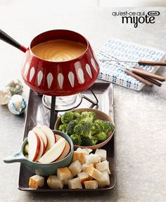 Quick Cheese Fondue — Shredded cheddar and VELVEETA team up with white wine and dry mustard to make this creamy fondue a glorious dip. Add some wine and you have yourself a classy evening. Recipes Appetizers And Snacks, Fondue Recipes, Appetizer Dips, Yummy Appetizers, Fondue Ideas, Desserts, Kraft Recipes, My Recipes, Cooking Recipes